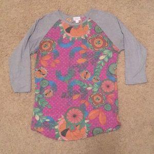 EUC LuLaRoe Randy. Vintage look - solid sleeves. S